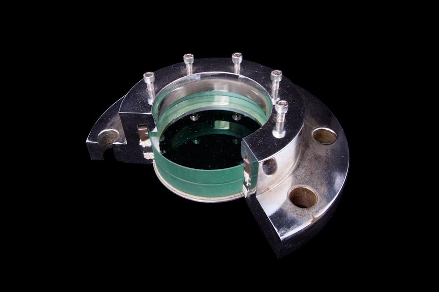 Model a flange sight glass